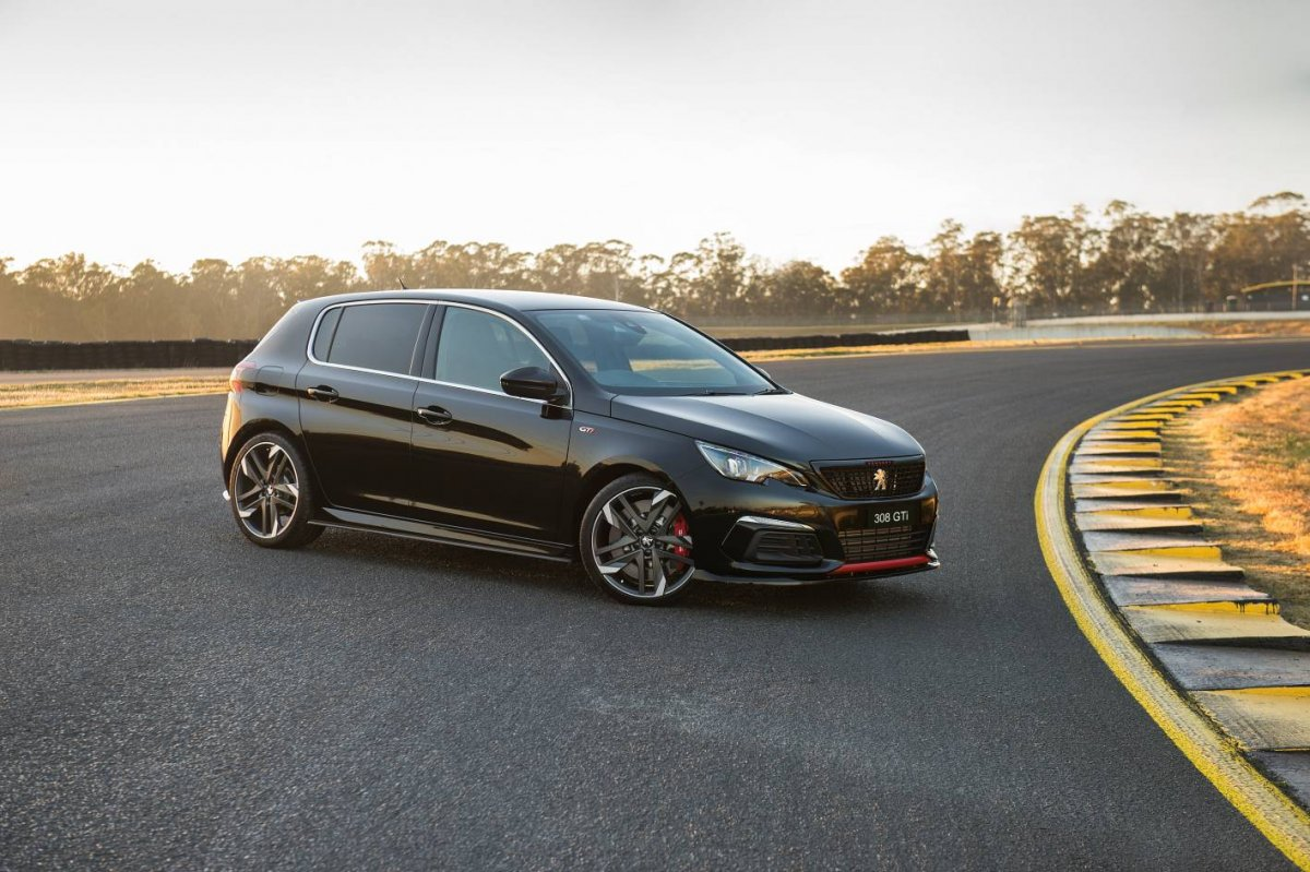 Peugeot 308 Gti Sport Pairs Pumped Up Looks With Sharp Price