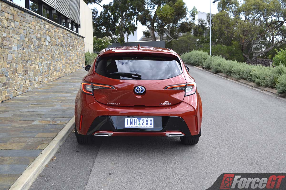 toyota corolla zr hybrid hatch review    driver forcegtcom