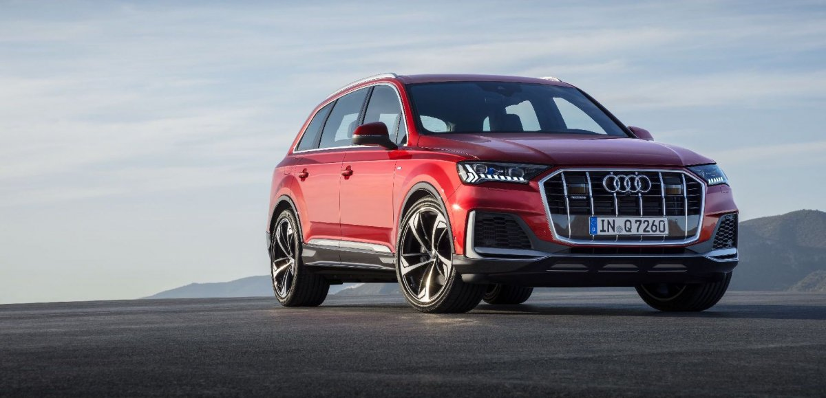Audi Q7 Gets New Looks And Upgraded Tech