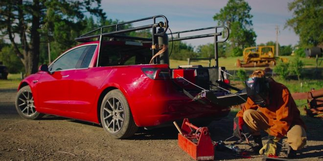 Video: YouTuber turns her Tesla Model 3 into a custom ute
