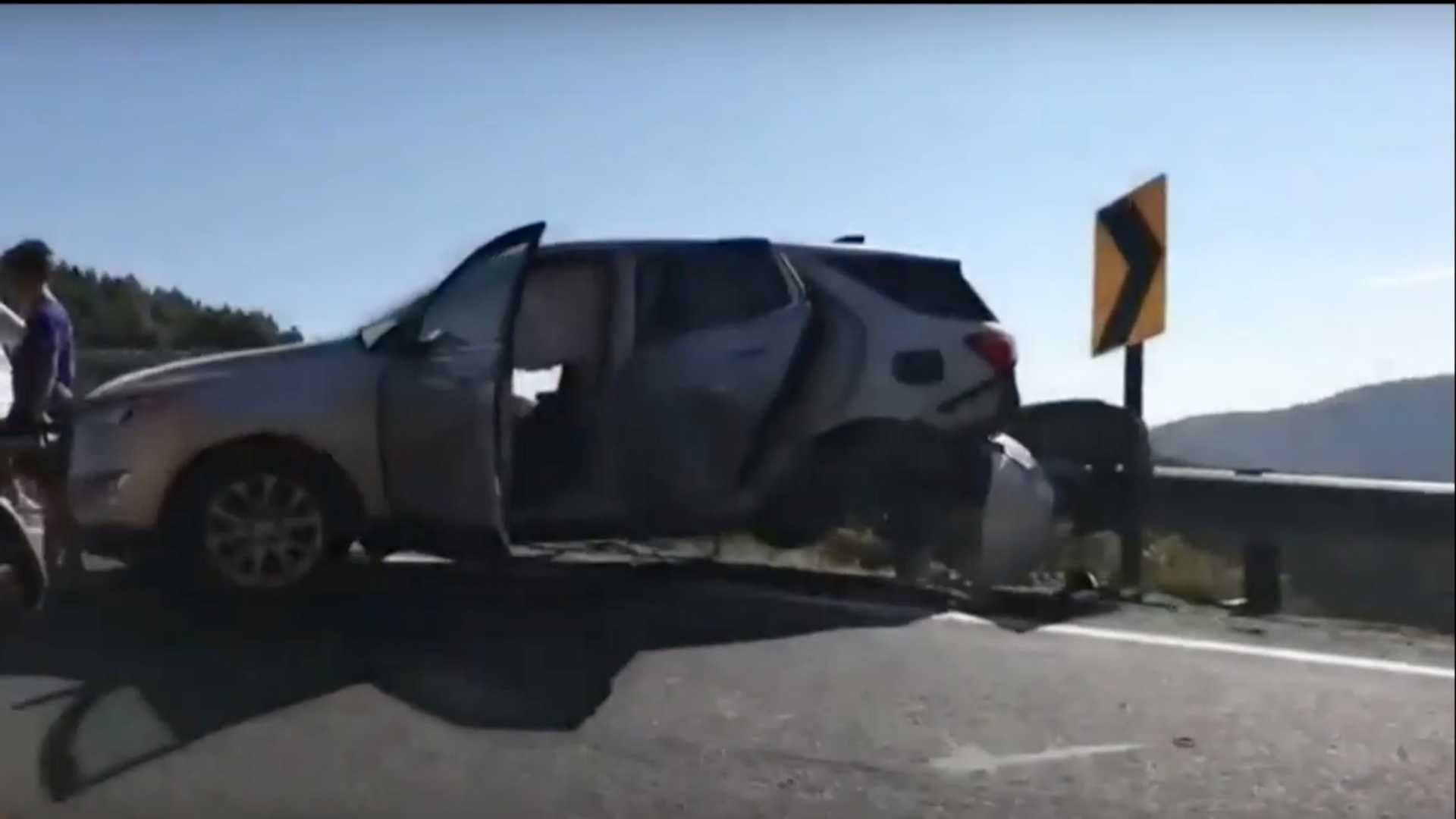 Ouch! Chevrolet Corvette Stingray C8 wrecked - ForceGT com