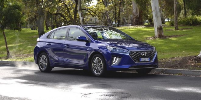 2020 Hyundai Ioniq plug-in hybrid Elite Review