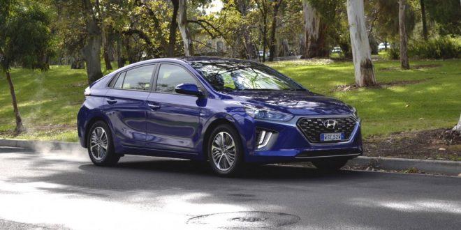 2020 Hyundai Ioniq plug-in hybrid Elite Review