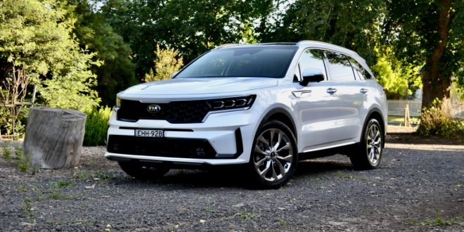 2021 Kia Sorento GT-Line Diesel Video Review