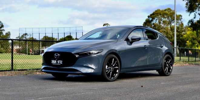 2021 Mazda 3 Hatch G25 Astina Video Review